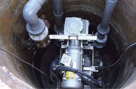 tocatoare pentru canalizari Sulzer Muffin Monster - exemplu de instalare in statia de pompare